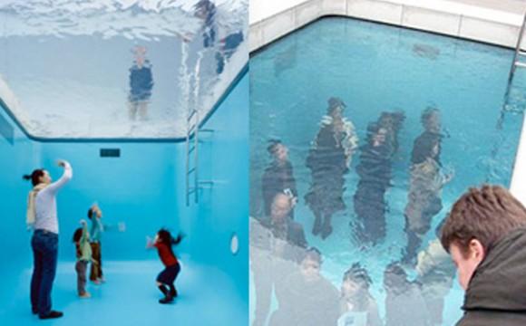 ก้าวเดินในสระว่ายน้ำจำลอง