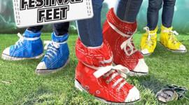 ถุงคลุมรองเท้าไร้รอยเปื้อน Festival Feet