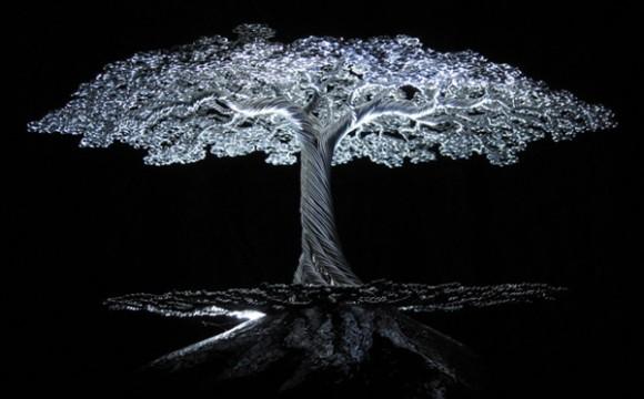 ต้นบอนไซจากลวดที่รังสรรค์อย่างสวยงาม
