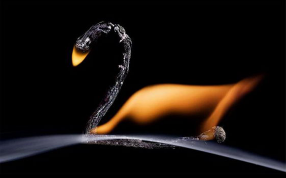 ศิลปะไม้ขีดไฟ สวยร้อนแรงเกิดรูปทรง