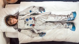 ผ้าปูที่นอนลายนักบินอวกาศ เติมฝันท่องอวกาศ